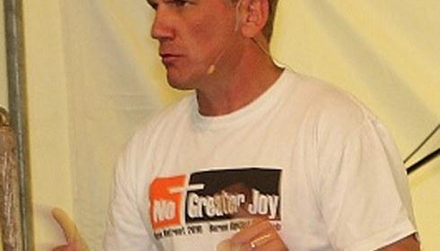 Pastor Sean Harris