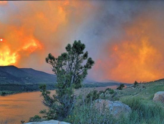 Fire rages to the northwest of Horsetooth Reservoir west of Fort Collins.