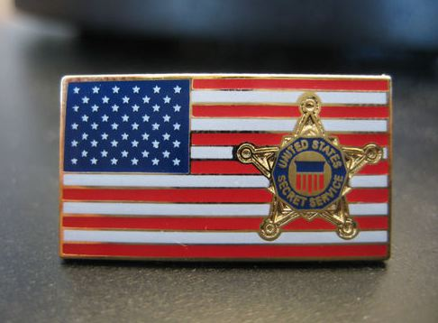 Secret-Service-flag-pin