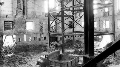 The inside of the White House after it was gutted in 1950 (Photo: National Archives)