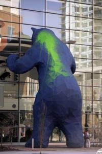 Denver's Big Blue Bear gets vandalized
