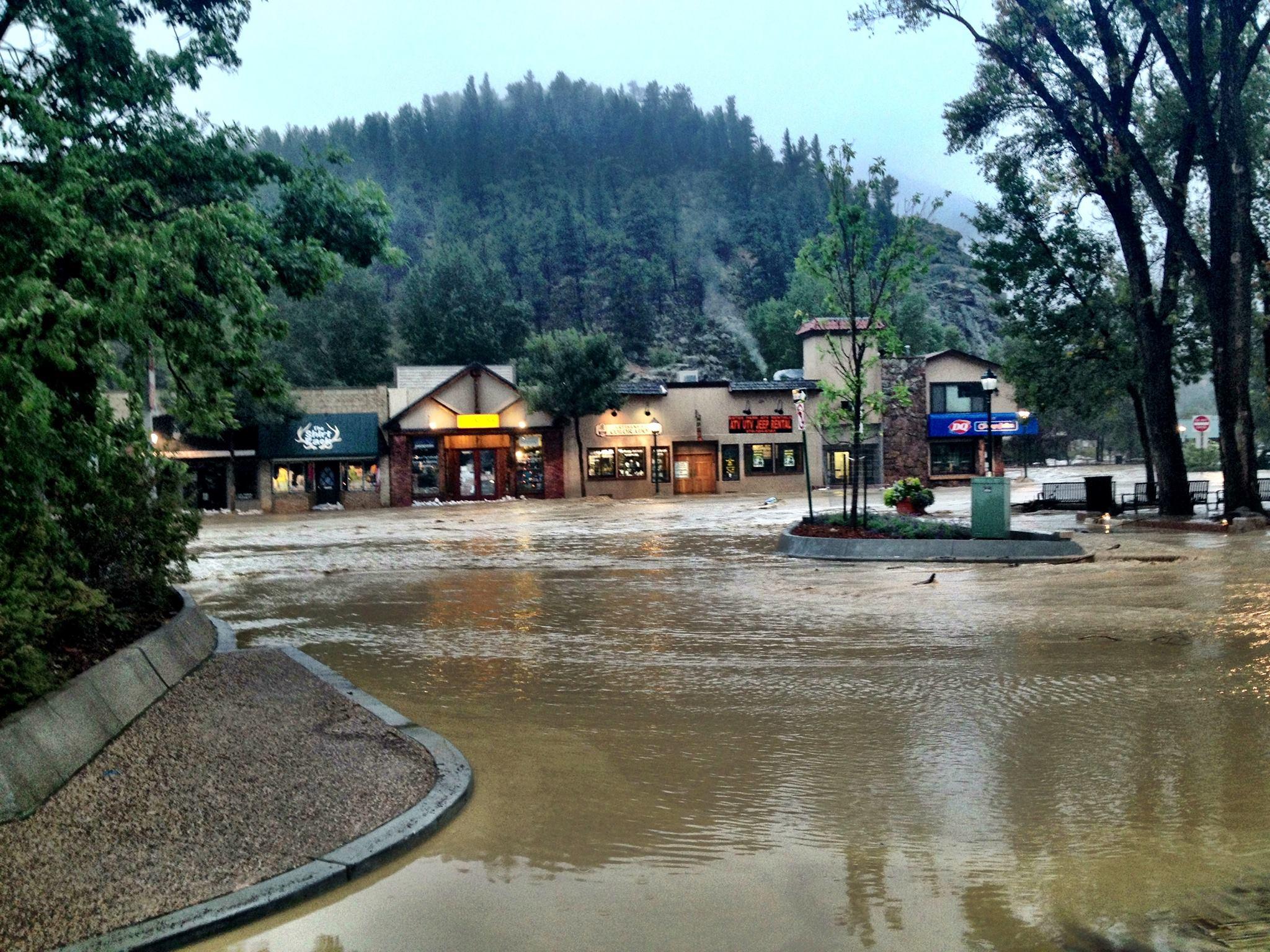Bill Estes Com >> Flooding in Estes Park; webcams, phones down – Pied Type