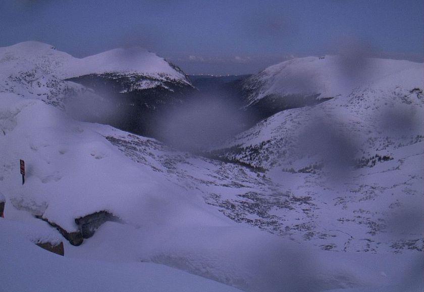 alpinevisitorcenter-twilight
