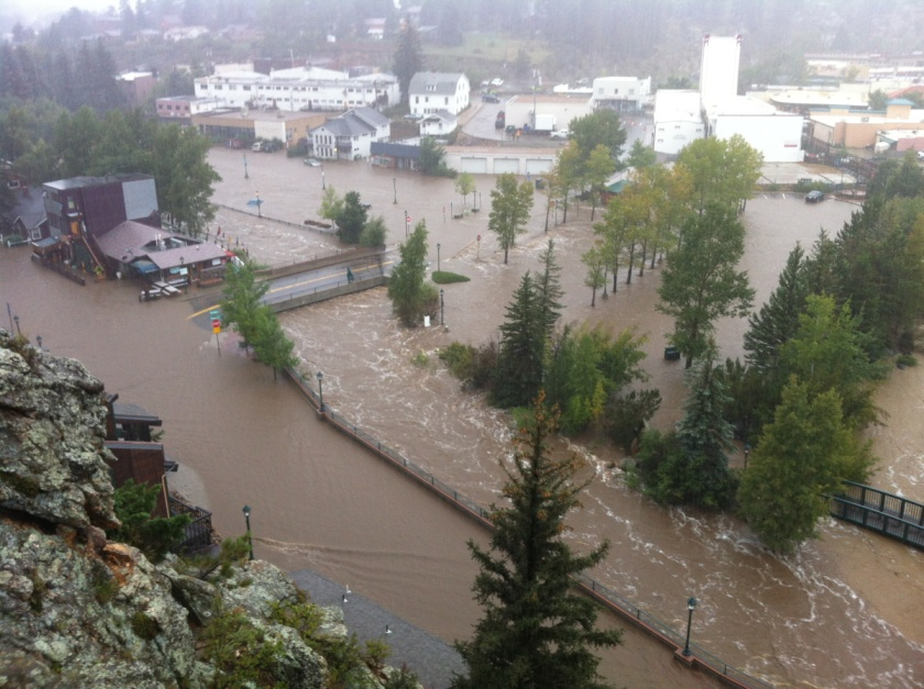 A year ago, downtown Estes Park looked like this.