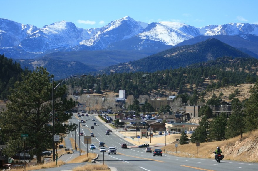 Entering Estes Park, ColoradoEntering Estes Park, Colorado