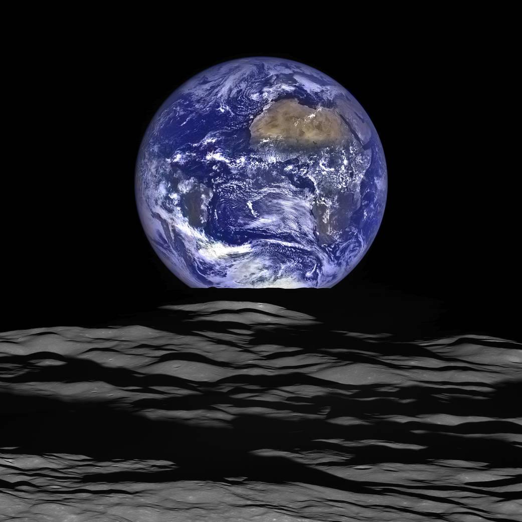 Earthrise2015